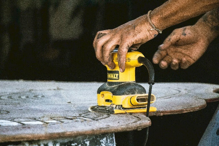 The Best Sanders and Power Tools for Woodworking Projects