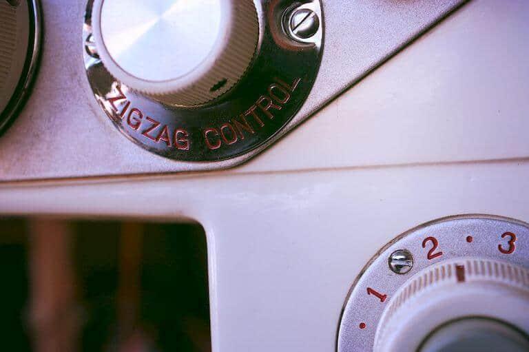 Zigzag stitch controls